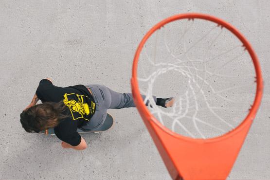 Tessa Fox - shooting hoops