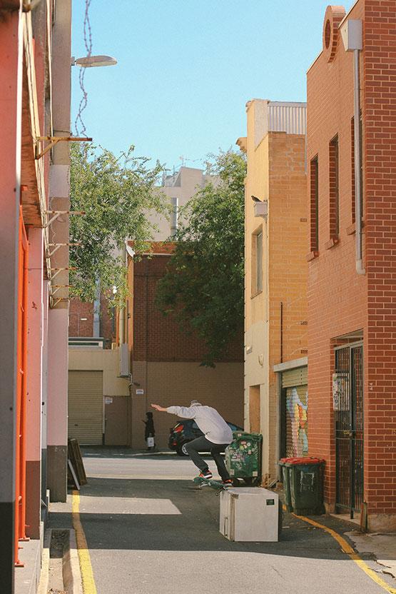 Luiz Flavio - krook in Adelaide